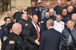 "This tweeted picture by the governor was captioned: ""I enjoyed meeting w/ the WY Assoc.of Sheriffs & Chiefs of Police.Thanks for serving & protecting the citizens of WY."""