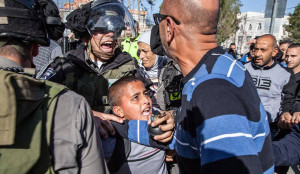 israeli-security-arrest-kids